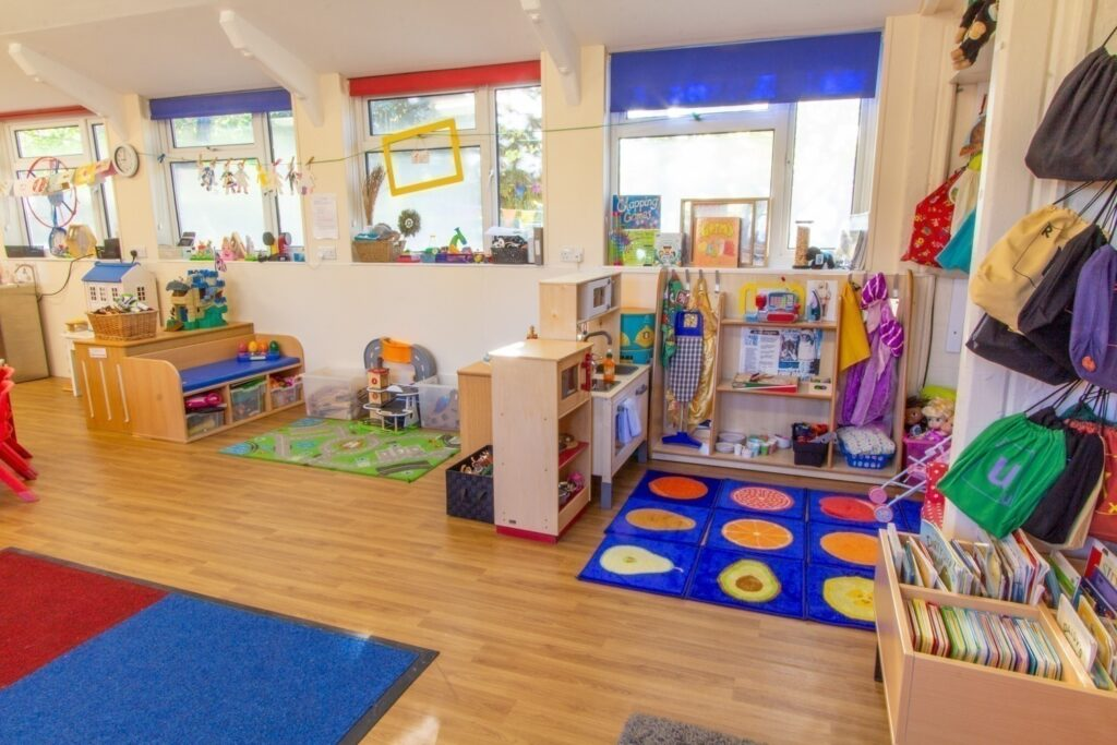 Roleplay and general resource areas – opportunities for independent exploration, imagination and play skills to develop are provided in these areas. We had new flooring laid as part of our classroom refurbishment.